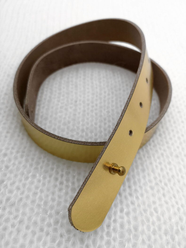 #leather belt gold